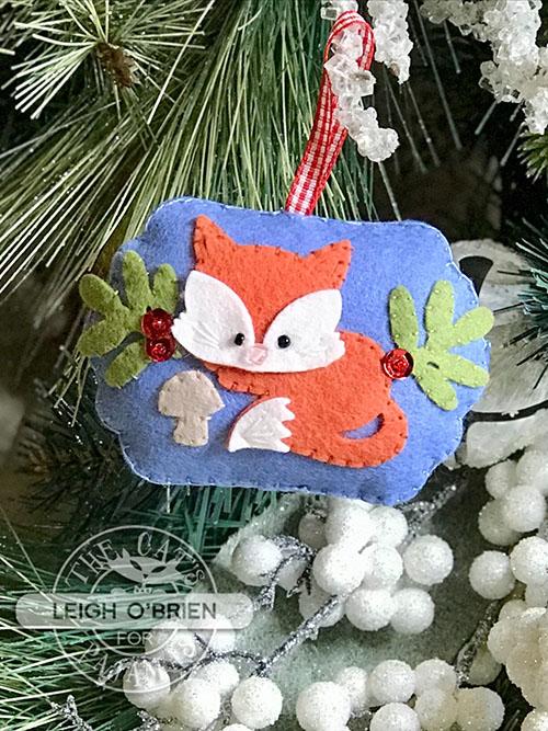 Stitched Animals Fox_Hop3