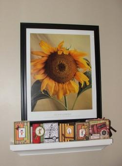 Sunflower_shelf_1
